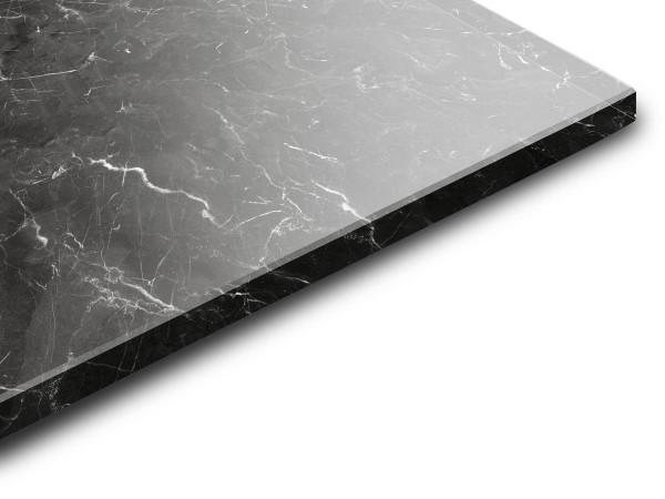 es sieht aus wie marmor aber es ist satiniertes glas